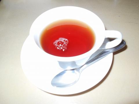 西武池袋線の武蔵藤沢駅近くの埼玉県入間市上藤沢にあるイタリアンのお店リストランテシミズの紅茶