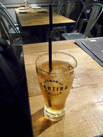 西武池袋線と西武新宿線の所沢駅を最寄駅とする埼玉県所沢市日吉町にある所沢の個室イタリアンCANTINAキャンティーナのウーロン茶