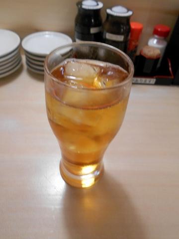 東京都練馬区練馬4丁目にある寿司、居酒屋の「や台すし 豊島園駅前町」ウーロン茶