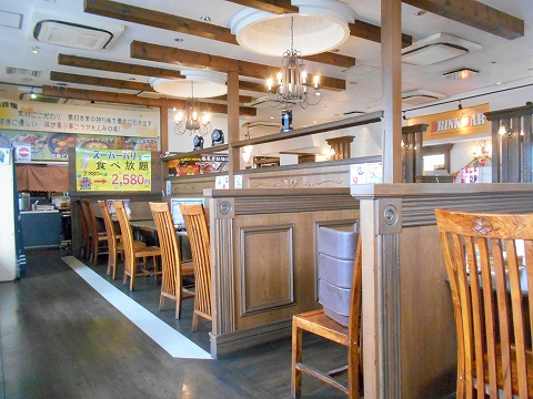 埼玉県所沢市北中1丁目にある韓国料理、焼肉のお店「Asian dining TAMMI タンミ」店内