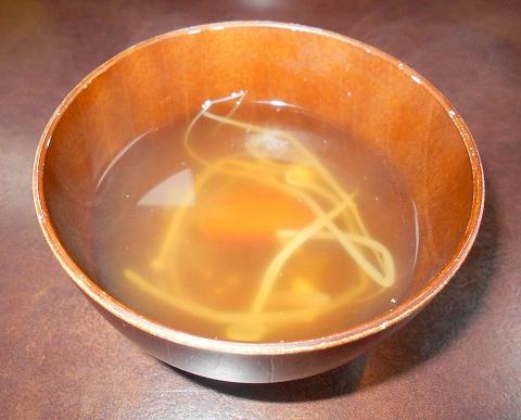埼玉県所沢市北中1丁目にある韓国料理、焼肉のお店「Asian dining TAMMI タンミ」鉄板プルコギ定食のスープ