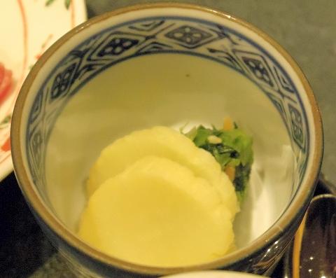 東京都渋谷区渋谷2丁目にある天ぷら店「てんぷら天松 東急東横店」おすすめ膳の香の物