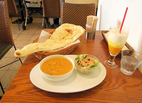 神奈川県川崎市中原区木月1丁目にあるインド料理のお店「ジャイプール Jaipur」Dランチ