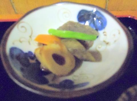 埼玉県所沢市西所沢1丁目にあるとんかつ専門店「とんかつ満寿や」黒豚ロースカツ定食の小鉢