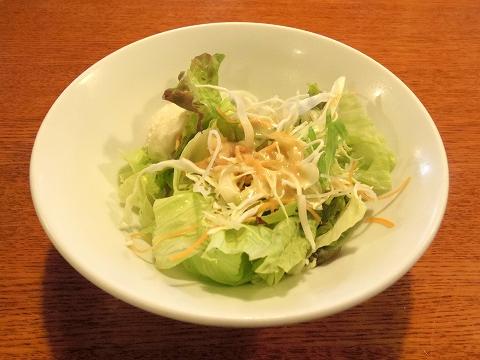 埼玉県所沢市北中2丁目にあるイタリア料理のお店「ナポリの食卓 所沢店」サラダ
