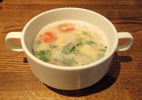 埼玉県越谷市千間台東1丁目にある鉄板ビストロのお店「la planche  ラ・プランシュ」ランチのスープ