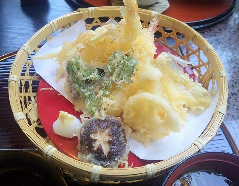 埼玉県越谷市宮本町にある和食、日本料理、会席、懐石の「和食処 大花亭」天ぷら御膳の天ぷら