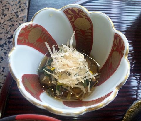 埼玉県越谷市宮本町にある和食、日本料理、会席、懐石の「和食処 大花亭」天ぷら御膳の小鉢