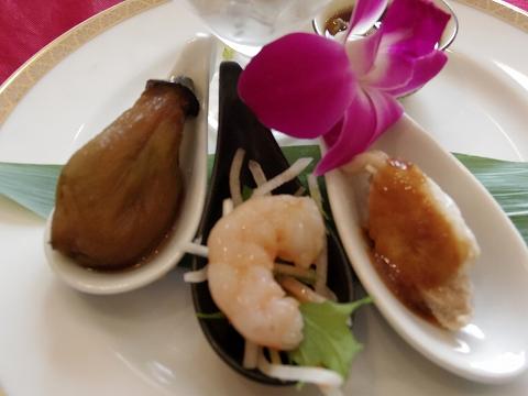 埼玉県越谷市登戸町にある中華料理店「ヌーベルシノワ Ishibashi」水晶 前菜盛り合わせ
