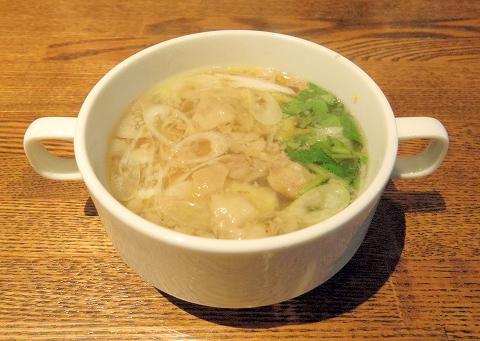 la planche  ラ・プランシュ ランチのスープ