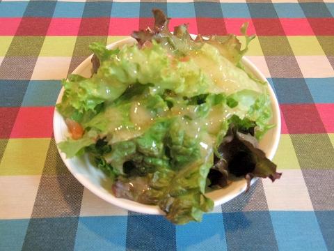 埼玉県春日部市牛島にある洋食店「キッチンローリー Kitchen ROLLY」ランチのサラダ