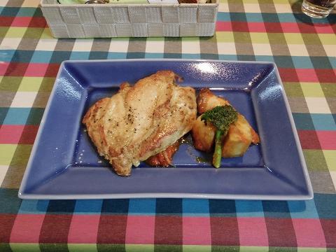埼玉県春日部市牛島にある洋食店「キッチンローリー Kitchen ROLLY」チキンソテー