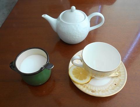 東京都江戸川区南篠崎町3丁目にあるイタリアンのお店「レストラン リモーネ LIMONe」紅茶