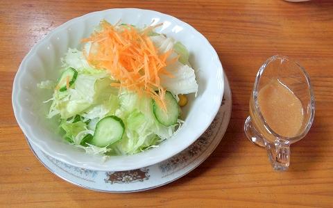 埼玉県春日部市藤塚にあるカフェ「琥珀」ランチのサラダ
