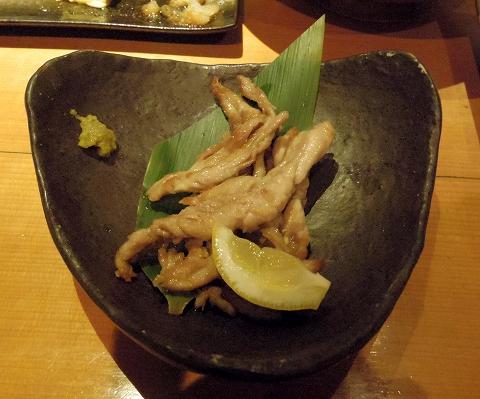 埼玉県所沢市東町にある居酒屋「お酒と魚 三二六 SABUROKU」鶏せせり焼き