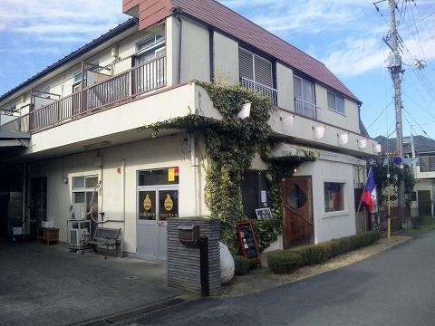 埼玉県所沢市宮本町2丁目にあるカフェ「うずら屋」外観