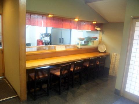 埼玉県所沢市久米にある懐石・会席料理のお店「日本料理 野老」店内
