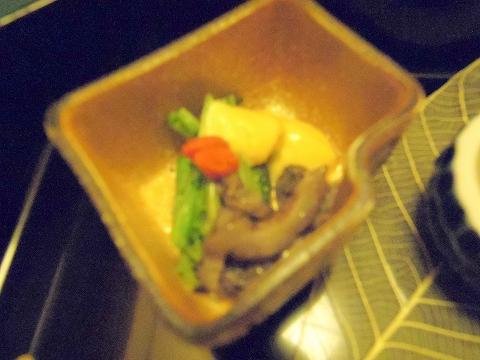石川県金沢市末町の犀川温泉にある料理温泉旅館「滝亭」能登内浦の山海の物