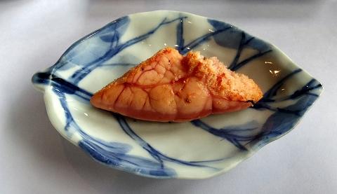 石川県加賀市山代温泉にある温泉旅館「べにや無何有」朝食 釣り鱈子 炭火焼き