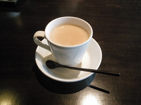 石川県加賀市山代温泉にある温泉旅館「べにや無何有」朝食 食後 無何有ブレンドコーヒー ブルーマウンテンベース