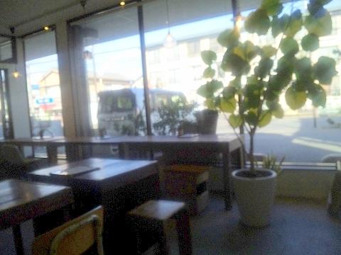 埼玉県所沢市旭町にあるパン・カフェのお店「自家製酵母パンと手づくりあんこの店 いちあん」店内