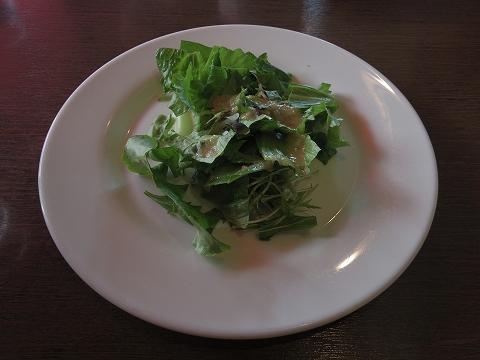 埼玉県入間市春日町1丁目にあるイタリア料理のお店「ナポリのかまど 入間本店」サラダ