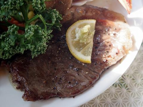 茨城県水戸市見川町にある洋食店「レストハウス時代屋」黒毛和牛リブロースステーキ