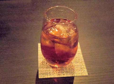 東京都新宿区中落合1丁目にある「博多料理 岳」ウーロン茶