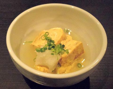 東京都新宿区中落合1丁目にある「博多料理 岳」出汁巻き玉子