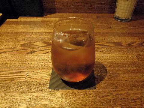埼玉県越谷市千間台東1丁目にある鉄板ビストロの「la planche  ラ・プランシュ」ウーロン茶