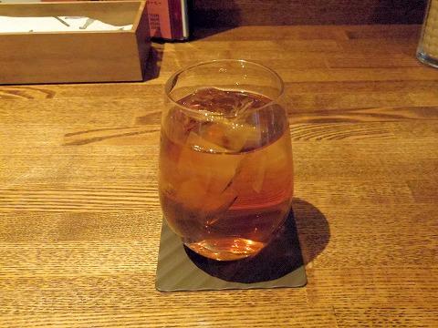 埼玉県越谷市千間台東1丁目にある鉄板ビストロの「la planche  ラ・プランシュ」ランチドリンクのウーロン茶