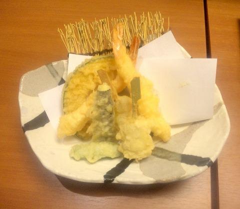 埼玉県入間市下藤沢にある寿司、創作料理の「一幸 入間店」特上和の極みの上天ぷら(海老、あさり串、なす、かぼちゃ、しし唐)