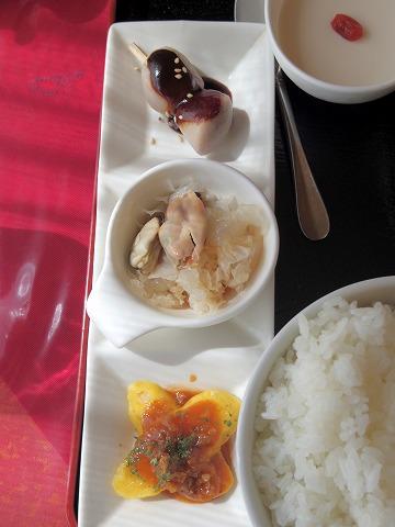 埼玉県越谷市千間台西4丁目にある「中華料理 喜」小鉢