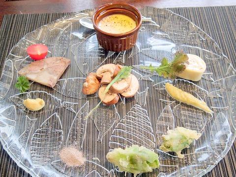 埼玉県吉川市吉川1丁目にあるフレンチの「Brasserie Miel ブラッセリ―・ミエル」前菜