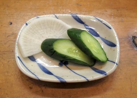 埼玉県越谷市千間台東2丁目にある寿司店「竹寿司」焼き魚セットの香の物
