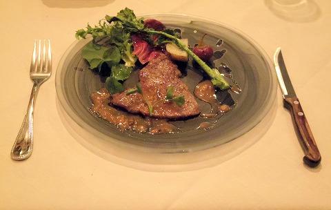 東京都練馬区富士見台3丁目にあるイタリア料理の「ボラーレ Volare」肉料理(宮崎牛)