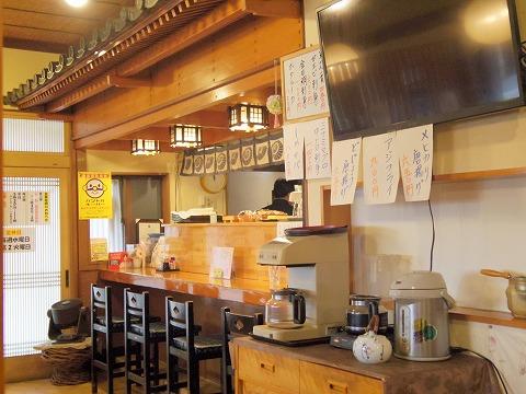 茨城県古河市仁連にある寿司、居酒屋の「真乃心」店内