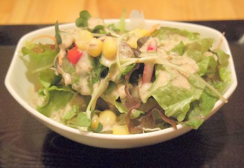 茨城県古河市仁連にある寿司、居酒屋の「真乃心」サラダ