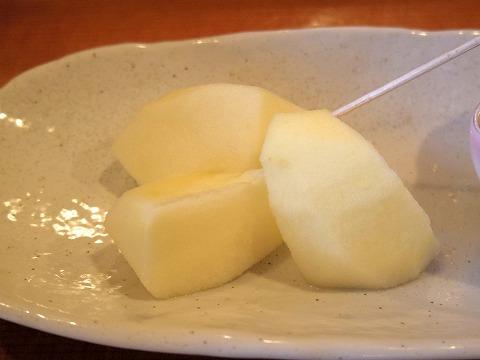 埼玉県越谷市袋山にある寿司店「寿司作」上ランチの一品(りんご)