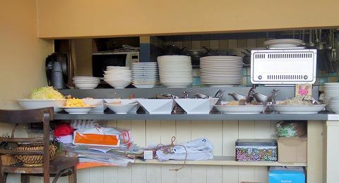 東京都江戸川区東瑞江1丁目にあるイタリア料理のお店「RISTORANTE FRUTTARE フルッターレ」店内(サラダバースペース)