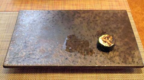 埼玉県さいたま市岩槻区本町3丁目にある和牛、野菜、炭火焼のお店「おくゆき」厚切りズッキーニ