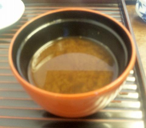埼玉県所沢市北所沢町にある天ぷら店「てんぷら天健」特製てんぷら定食の味噌汁