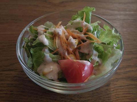 埼玉県入間市豊岡1丁目にあるスペイン料理店「ヒラソル girasol」ランチのサラダ
