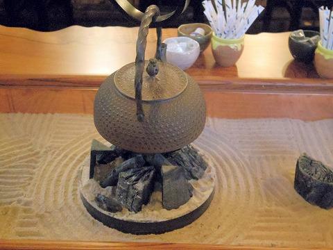 長野県上田市別所温泉にあるカフェ「二幸」店内