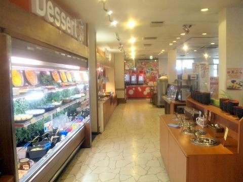 埼玉県所沢市牛沼にあるビュッフェスタイルの焼肉店「すたみな太郎」店内