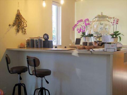 茨城県鉾田市玉田にあるカフェ「絶品ほしいも&café 寿や」店内