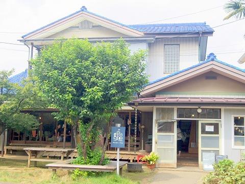 埼玉県川口市石神にありカフェ「senkiya センキヤ」外観