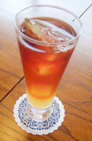 茨城県取手市清水にあるカフェ「カフェ サルデーレ」アイスアップルティー