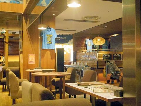 kawara CAFE&DINING 瓦カフェ&ダイニング 川崎モアーズ店 店内