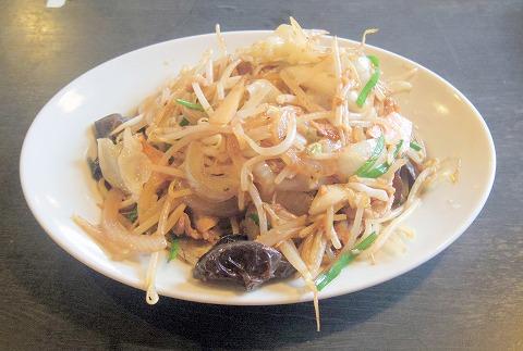 埼玉県さいたま市大宮区三橋4丁目にある「三珍 富士力食堂 さいたま三橋」肉野菜炒め定食
